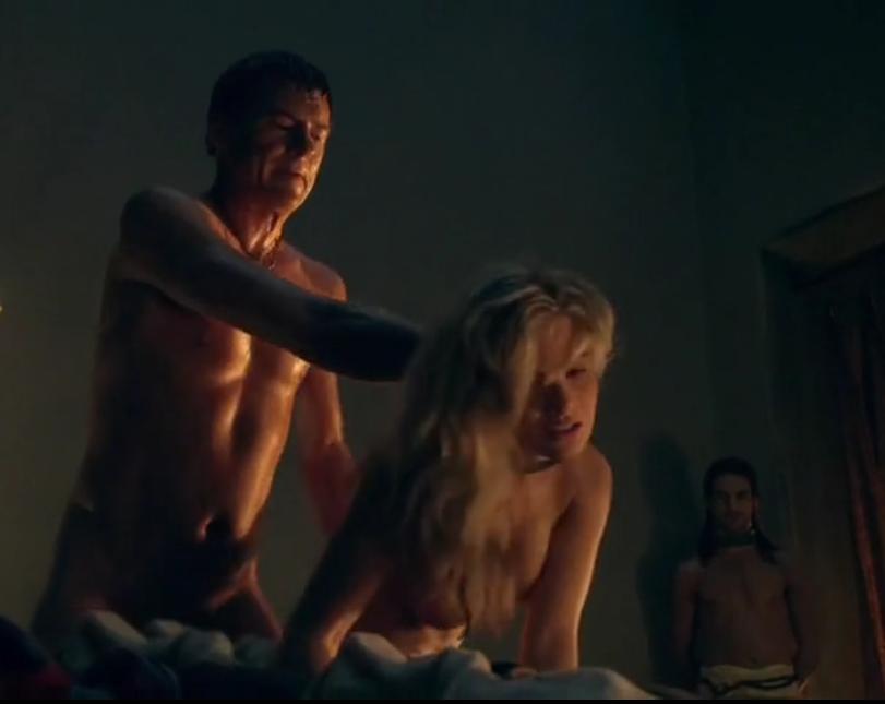 сцены фото интимные